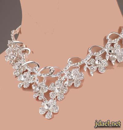 اكسسوارات فخمه للعرايس ليلة الزفاف باللون الفضي