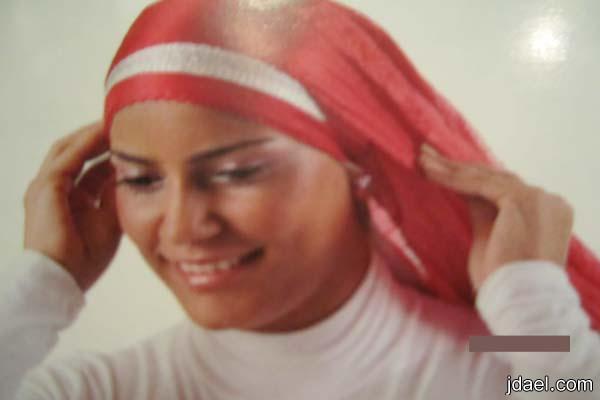 تعلمي طريقة ربطة الحجاب بطرق مختلفة