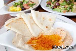 معجنات وتسالي باقل 100 سعره حراريه بطعم جيد تساعد على
