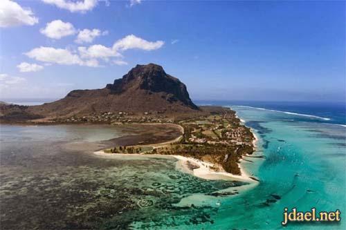 سياحة مثيرة جدا في جزيرة موريشيوس شلال وهمي تحت الماء