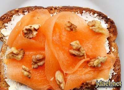 فطور شهي وصحي بشرائح التوست باجمل الالوان الفاتحة للشهية
