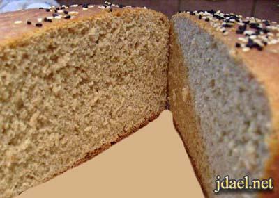 الخبز الجنوبي مخبوز بالقدر الفرن