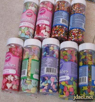 اكسسوارات تزيين الكيكات والحلويات بالسكاكير والجل والكريمه