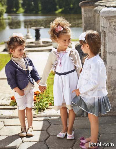 فساتين وبنطلونات للبنات الصغار لاناقة العيد