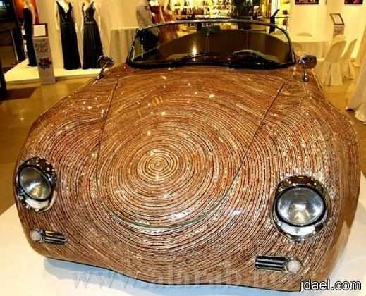 سياره غربية التصنيع تشابه سيارة بورش في التصميم