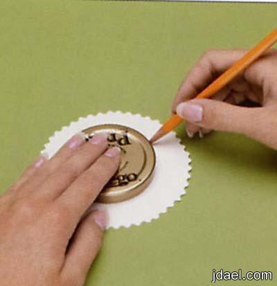 خطوات عمل ورق دانتيل لكاسات العصير بيدك بالصور