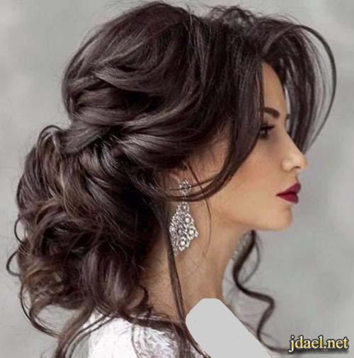 تسريحات شعر مرفوعة وروعة التصفيف للشعر المفتوح للعروسة