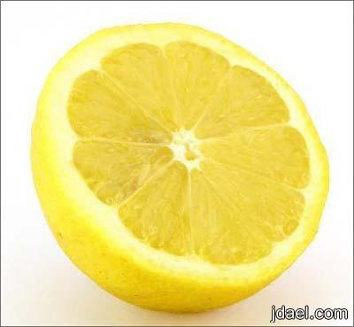الليمون افضل ماده لتنظيف ارضيات السيراميك والمرايات والرفوف الخشب