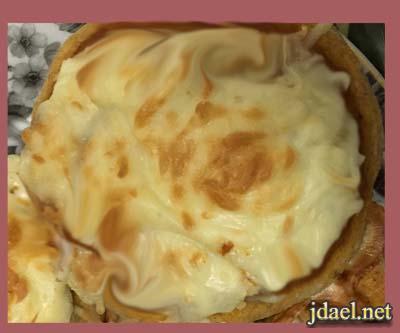 بيتزا بدقيق البر والتوابل الايطاليه بالجبنه وبس