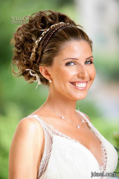 ملف لمصفف الشعر الشهير طوني مندلق تسريحات العرائس