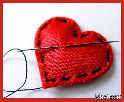 قلوب محطمه تتألم وتعطي الحب بلا مقابل
