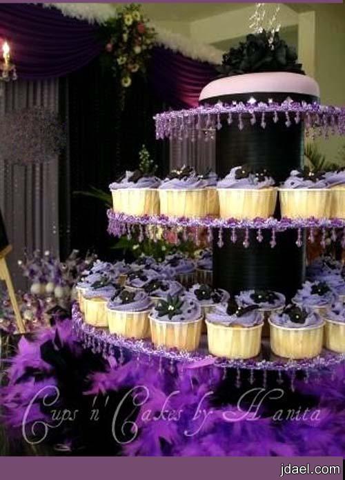 توزيعات اعراس باللون البنفسجي وتنسيق صالة الافراح بتدريج الموف