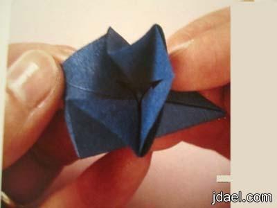برواز الورق بطريقة التطبيق واللصق بالصور
