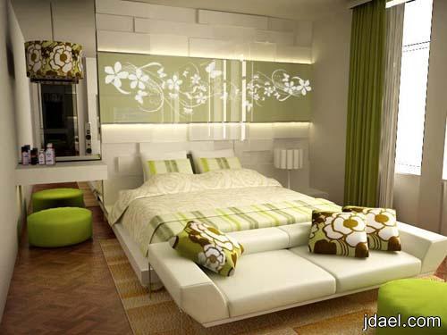 ديكورات غرف نوم بتصاميم كلاسيك ومودرن بجديد الدهانات وورق الحائط
