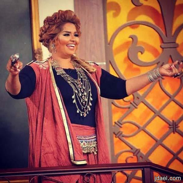 عبايات خليجيه وفساتين ترتر للممثلات الخليجيات برنامج وهاي وهو