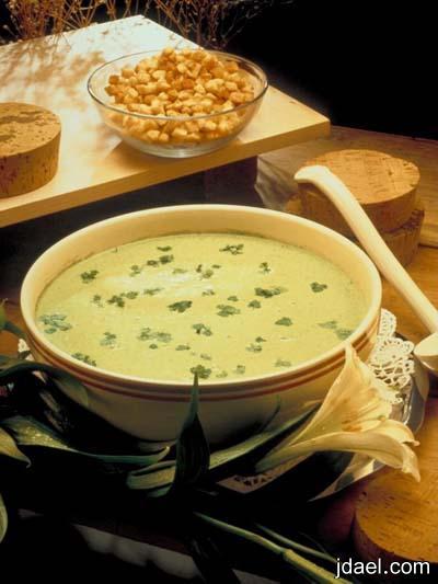 تحضير شوربة الفراخ بالجبن حساء الدجاج بالموزاريلا