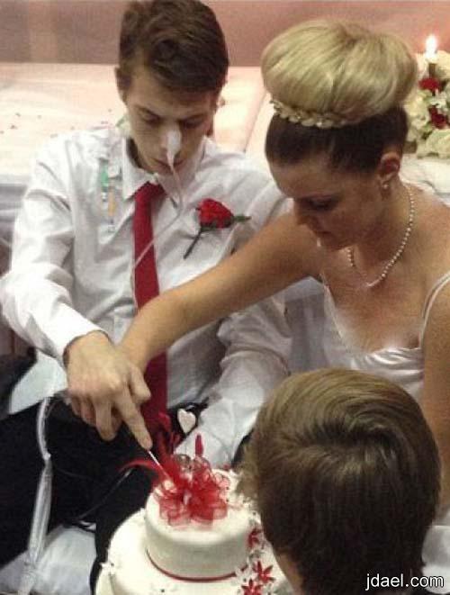 ينتهي بالزواج ويتحدى مرض السرطان بصور حزينه