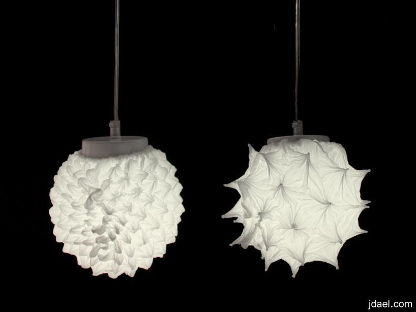 اضاءات غريبه الشكل تصمم بتقنيه معقده