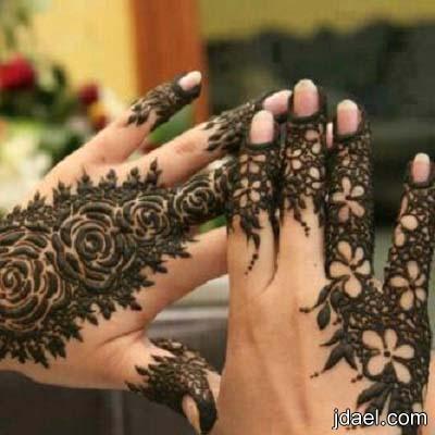 صور نقش حنا يمينيه خليجيه على المعصم واصابع اليد للعروسه