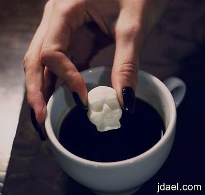 صور مبتكره لقطع السكر منحوته بشكل العظام والجماجم