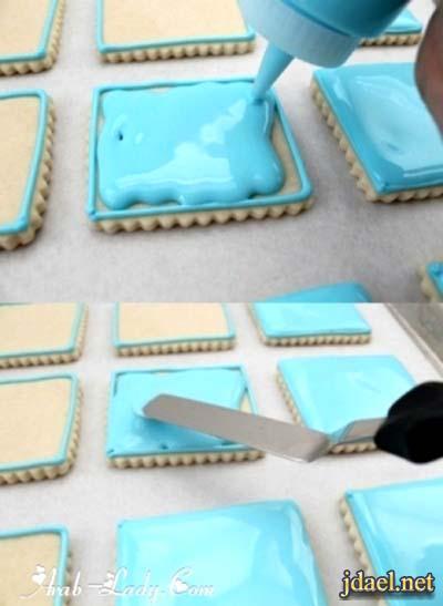 فنيات تزيين البسكوت بالكريمه وعجينة السكر بالصور