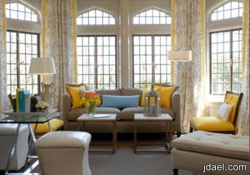 اجمل ديكورات الستائر لغرف الجلوس باقمشه منقوشه بالورود