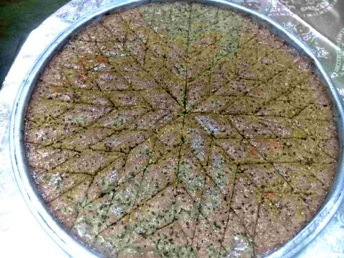 حلى الحلبة بالقطر مخبوزة بالفرن المطبخ السوري