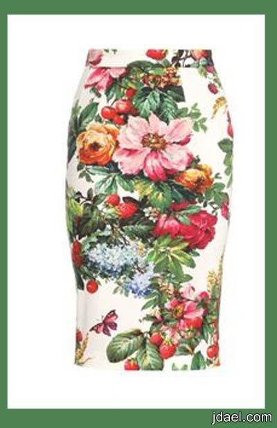 ملابس جديده باستايل الورد المطبوع واحدث اكسسوارات الموضه