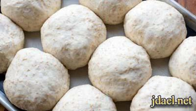 مخبوزات بيتي عمل خبز البرجر بعجينه سريعه ولذيذه بالصور