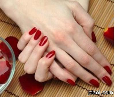 تسمين اليد بوصفه طبيعيه تجعل اليدين بمواصفات ومقايس الجمال بالصور