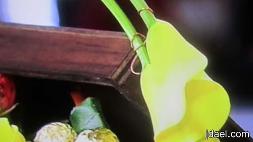 طريقة تزيين الصناديق الخشب تزيين صندوق خشبي بالورد والشوكولاته