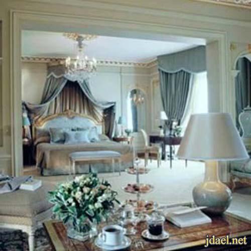 ديكورات غرف استقبال ونوم للبيت الكلاسيك باللون الازرق