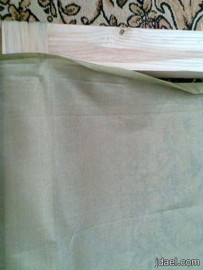 خطوات خياطة لحاف بقماش الحرير الملاس بلونين بالصور