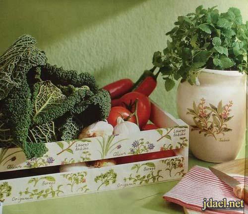 تزيين صناديق الخشب بالديكوباج اكسسوار المطبخ بيدك بالصور