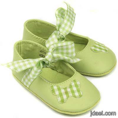 احذيه وصنادل ترتر ومخمل وجمال الدانتيل للبنات الصغار والبيبهات